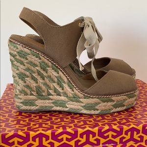 Tory Burch Linley High Wedge Espadrille in olive